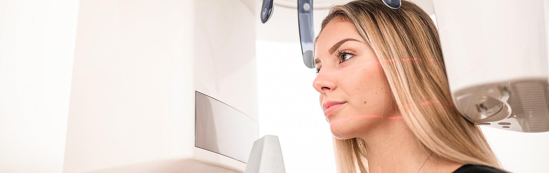 Dental Hi-Tech- Zahnarztpraxis Dr. Tolk + Team in Kreuzau bei Düren