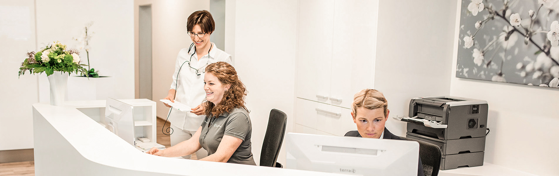 Empfang- Zahnarztpraxis Dr. Tolk + Team in Kreuzau bei Düren