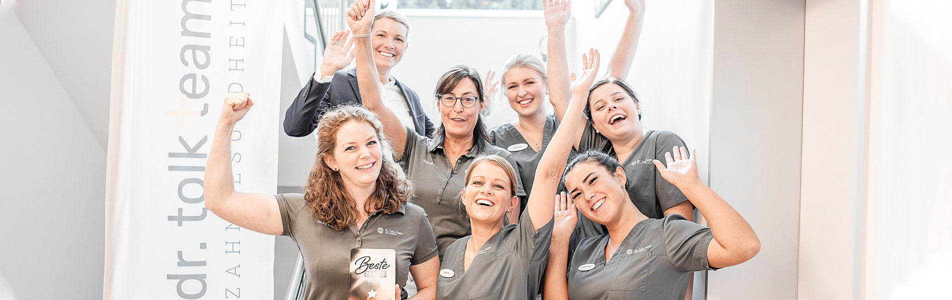 Unser Team- Zahnarztpraxis Dr. Tolk + Team in Kreuzau bei Düren